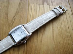 時計ベルトをモレラートのリバプールに交換したFURLA