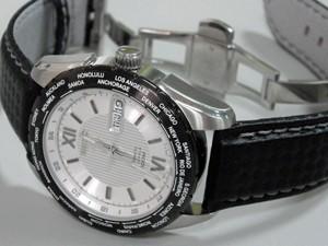 時計ベルトをモレラートのバイキングに交換したセイコー5 SNZG63K1