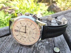 時計ベルトをモレラートのSPEEDに交換したシュトルマンスキー ストレラ