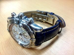 時計ベルトをモレラートのPLUSに交換したブライトリング クロノマット