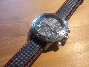 時計ベルトをモレラートのバイキングに交換したtimex T2M706