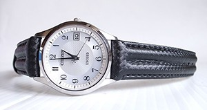 時計ベルトをモレラートのSPEEDに交換したシチズン エコドライブ電波時計 EXCEED EAG74-2943