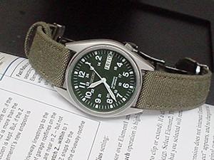 時計ベルトをモレラートのCORDURA/2に交換したSEIKO AUTOMATIC SNX425K