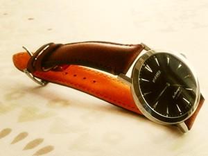 時計ベルトをモレラートのドゥッチオに交換したROAMER COMPETENCE La Classique