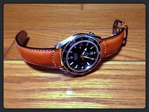 時計ベルトをモレラートのCEZANNEに交換したOMEGA SEAMASTER PLANET OCEAN 2200.50