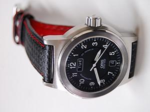 時計ベルトをモレラートのバイキングに交換したORIS BC3 デイデイト