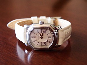時計ベルトをモレラートのボーレに交換したTIFFANYマーククーペ