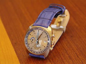 時計ベルトをモレラートのボーレに交換したオメガシーマスタークロノ