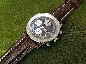 時計ベルトをモレラートのティポブライトリングクオイオに交換したブライトリングナビタイマー