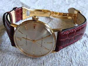 時計ベルトをモレラートのリバプールに交換したSEIKO1960年頃のセイコークロノス