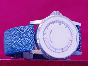時計ベルトをカシスのTYPE PNR 44 ユービーパン007に交換したschaumburg watch DISK MISTIQUE-WH