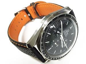 時計ベルトをモレラートのバイキングに交換したオメガスピードマスター 自動巻