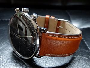 時計ベルトをモレラートのエリートに交換したJUNGHANS マックスビル クロノスコープ
