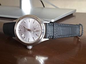 時計ベルトをモレラートのサッカーに交換したタグホイヤー2000シリーズ・クロノグラフ