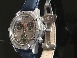 時計ベルトをREGATTAに交換したタグホイヤー2000シリーズ・クロノグラフ