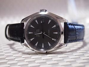 時計ベルトをBOLLEに交換したOMEGA シーマスター アクアテラ クォーツ 231.10.39.60.06.001