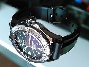 時計ベルトをMARINER に交換したブライトリング スーパーオーシャン42 BREITLING SUPEROCEAN42