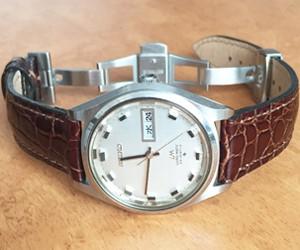 時計ベルトをLIVERPOOL  に交換したセイコーロードマティック23石 SEIKO LORD MATIC 23