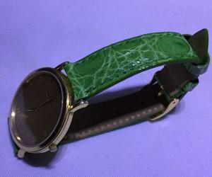 時計ベルトをTRACYに交換したグッチ