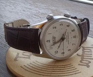 時計ベルトをBOLLEに交換したジラール・ペルゴトラベラー2 Girard-Perregaux TravellerII