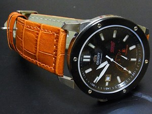 時計ベルトをモレラートのボテロに交換したオリエントWV0081FD