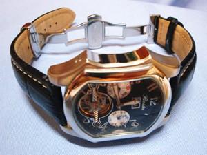 時計ベルトをモレラートプラスに交換したBosta
