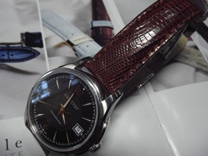 時計ベルトをモレラートのボルテラに交換したHAMILTONジャズマスターviewmatic