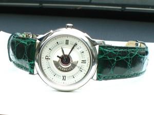 時計ベルトをモレラートのAMADEUSに交換したPerrelet Double Rotor Classic CASSI