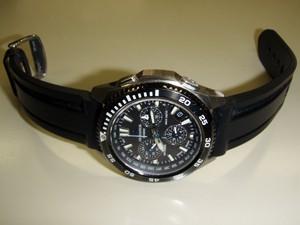 時計ベルトをモレラートのマリナーに交換したカシオオシアナスOCW-650T