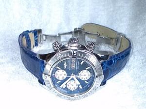 時計ベルトをモレラートのAMADEUSに交換したBRIETLING CHRONO SUPEROCEAN (青)