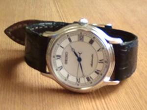 時計ベルトをモレラートのボーレに交換したSEIKOメカニカルウォッチ
