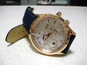 時計ベルトをモレラートのグラフィックに交換したCITIZEN eco-drive complication