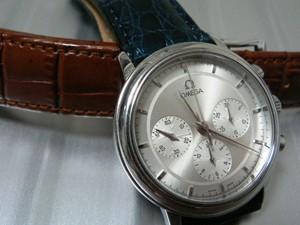 時計ベルトをモレラートのリバプールに交換したOMEGA De Ville Prestige Chronograph