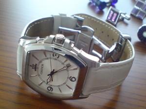 時計ベルトをモレラートのボーレに交換したクレドール・パシフィーク