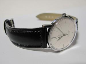 時計ベルトをモレラートのドナテロに交換したOMEGA Seamaster DE VILLE