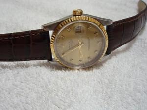 時計ベルトをモレラートのルイジアナに交換したロレックスデイトジャスト16233G