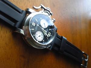 時計ベルトをモレラートのマリナーに交換したGRAHAM CHRONOFIGHTER
