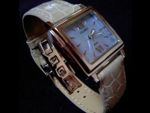 時計ベルトをモレラートのリバプールに交換したCASIO LILANA