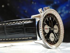時計ベルトをモレラートのPLUSに交換したブライトリングナビタイマー