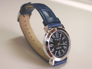 時計ベルトをモレラートのボーレに交換したIzax Valentino