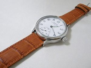 時計ベルトをモレラートのボーレに交換したエベラール トラベルセトロ ヴィトレ