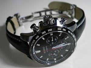 時計ベルトをモレラートのティポブライトリングクオイオに交換したSEIKO SAGK001