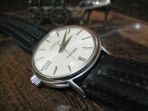 時計ベルトをモレラートのSPEEDに交換したSEIKO メカニカル