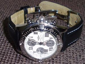 時計ベルトをモレラートのティポブライトリングクオイオに交換したブライトリングクロノコックピットアイボリー