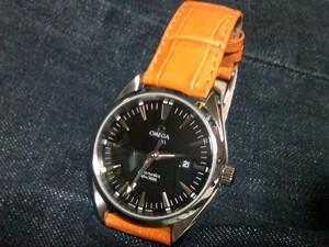 時計ベルトをモレラートのSAMBAに交換したオメガシーマスターアクアテラ