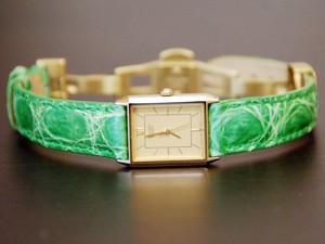 時計ベルトをモレラートのトレイシーに交換したSEIKO