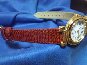 時計ベルトをモレラートのピストイアに交換したタバープルミエール