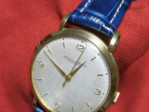時計ベルトをモレラートのPLUSに交換した1940年代アンティークIWC 18K Cal.89、手巻き