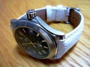 時計ベルトをモレラートのタンゴに交換したオメガシーマスター