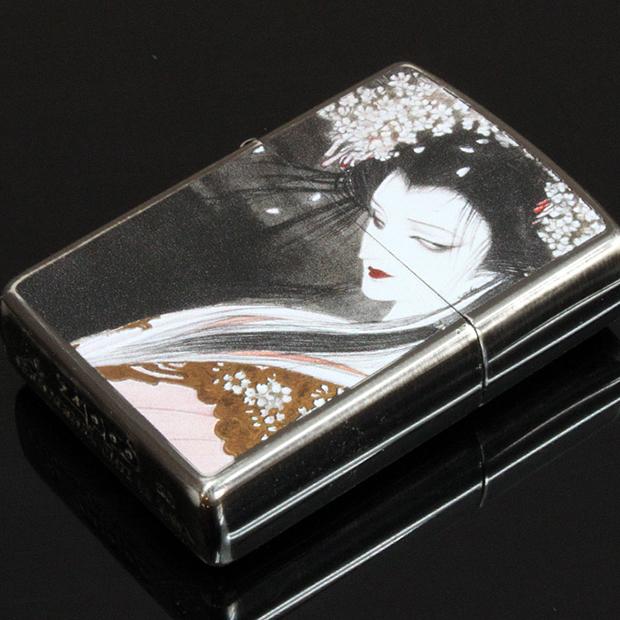 天野喜孝先生の芸術作品そのままの、ファンタジーなZIPPOライター